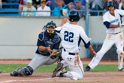 UC Irvine's Chris Rabago applies the tag vs. Victoria